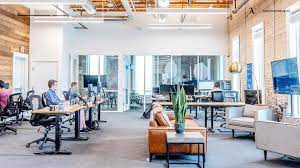 What Is Office Hoteling and How Does It Work?