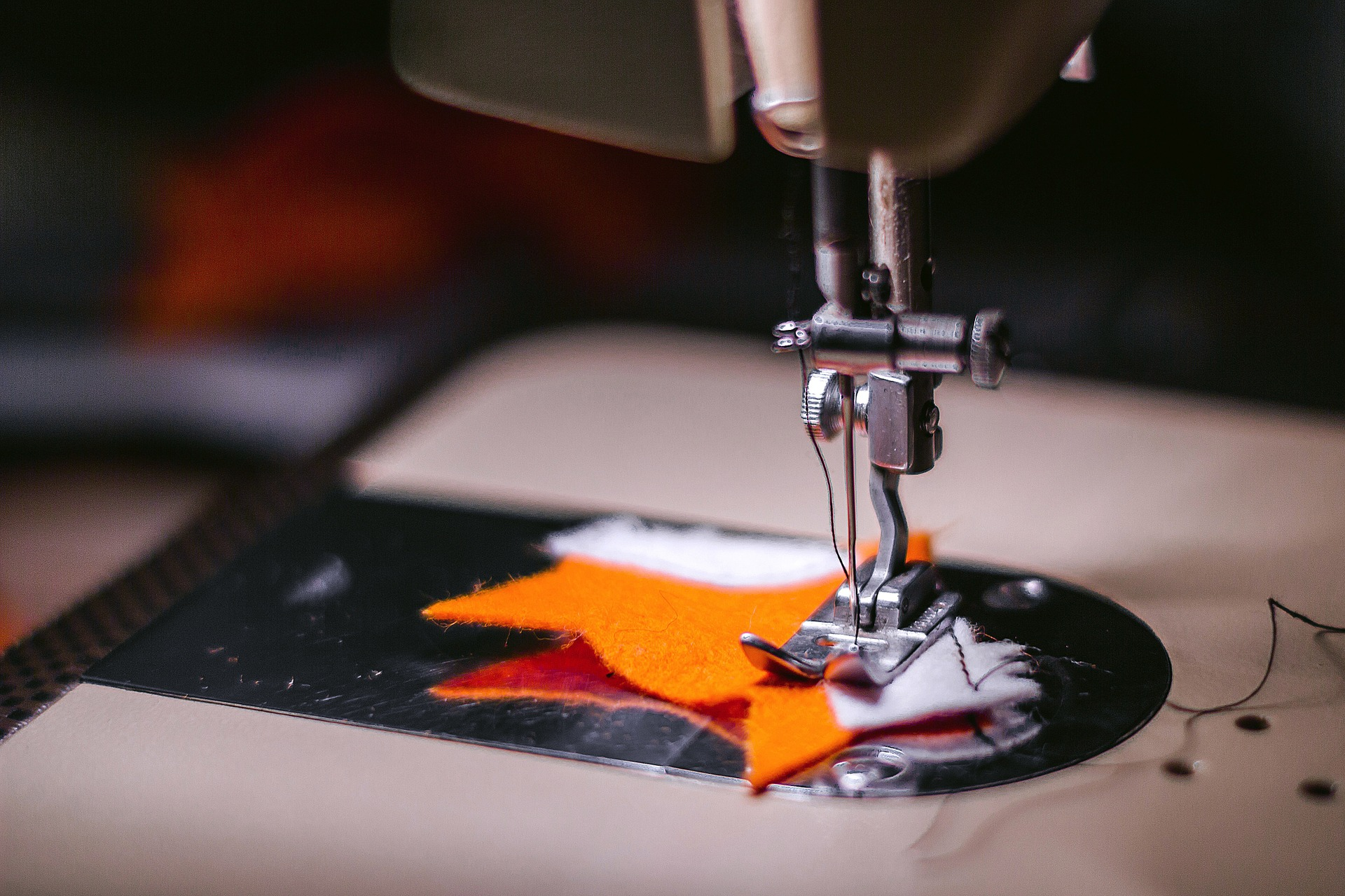 Sewing Neoprene Fabric: 5 quick tips